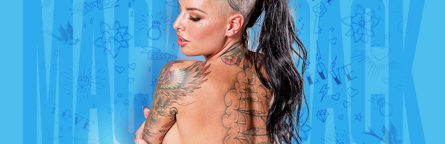 Christy Mack at Cheerleaders New Jersey